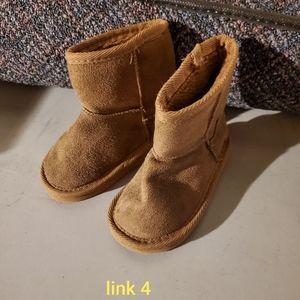 Link little girls boots